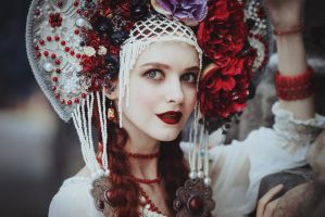 Russian Red by MariannaInsomnia