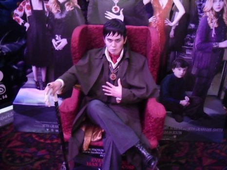 My name is Barnabas Collins by SithcamarowsPadawan