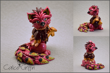 Vulevi the Peacock Griffin - polymer clay by CalicoGriffin