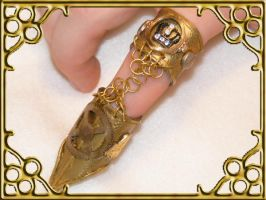 Golden Steampunk finger ring by Teacat-Designs