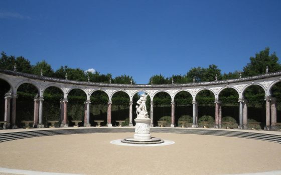 Versailles gardens by MysteriousMaemi
