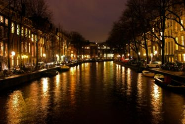 The canals of Amsterdam by itzthedave