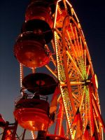 Ferris Wheel at Twilight by decima
