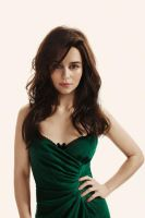 Emilia Clarke dominates your mind by Swagsurfer
