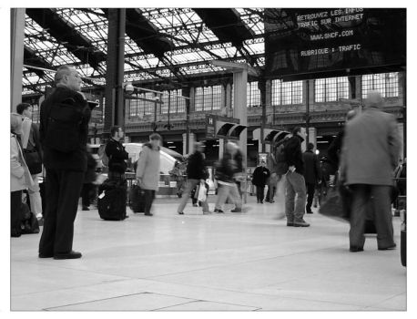 Gare du Nord by TeoB