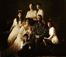 The Romanovs 1913 by staella