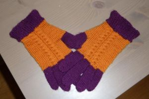 Braided autumn gloves by KnitLizzy
