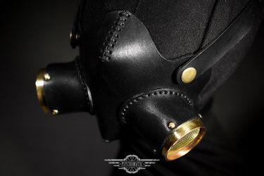 Dreadnought leather mask by LahmatTea