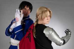 Fighting together - Edward Elric and Roy Mustang by Rinkujutsu