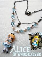 Disney AliceClock Ver2012 by AyumiDesign
