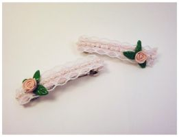 Rose and lace barrettes by Koreena