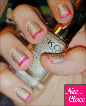Holographic Nail Lacquer by xBrokenRedRosex