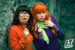 Velma Dinkley and Daphne Blake by Mana-himeI