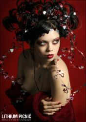 Queen of Hearts by lithiumpicnic
