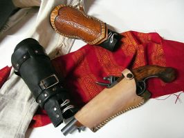 Aveline's tools of the trade by fevereon