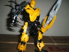 Corrupted Mata Nui by TDC-Blitzkitteh