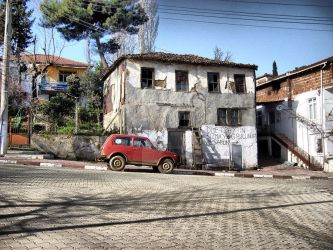 red car and old home 600 by gizem600andme