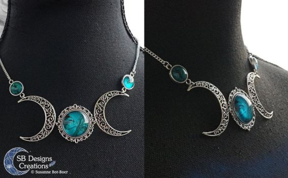 Triple moon necklace gothic, moonwitch, moongoddes by Nyjama