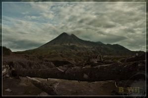 Mount Merapi Scenery by BayuWijaya