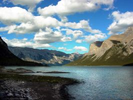 Canadian Mountains 2 by xelopid