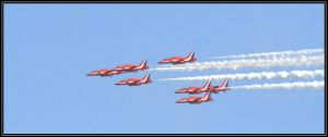 red arrows 2 by czakalwe