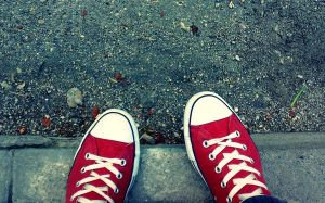 converse... by PhaNToMmM