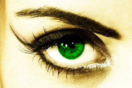 Faded green eye by mxgirl199