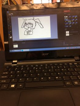 trying to draw on a school computer with no mouse by JustFriskxX