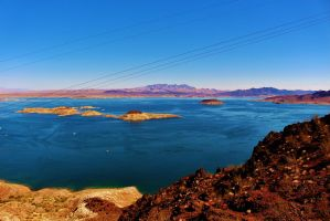 Lake Mead Disappearing by AthenaIce