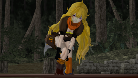 Yang Xiao Long stuck in the mud by mquicksandm