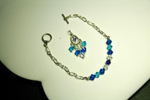 DJ Pendant and bracelet by ComparativeRarity