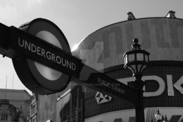 My view of Piccadilly B and W by Curri-chan