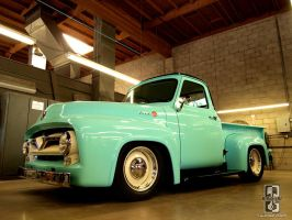Classy F100 by Swanee3