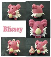 Weekly Sculpture: Blissey by ClayPita