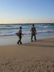 Israel: just a dad and his son in Ashdod by jlpicard1701e