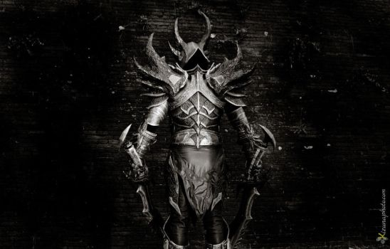 Daedric Armor Back from Skyrim Cosplay by Zerios88