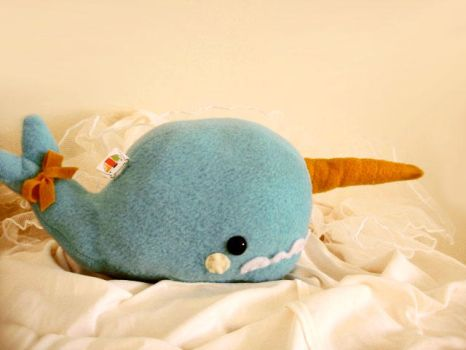 Fleur the Narwhal by casscc