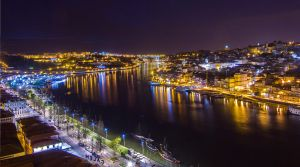 Invicta at night by siulzz