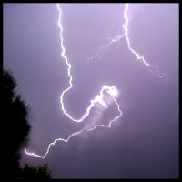 Lightning 6-9-08 2 by FramedByNature