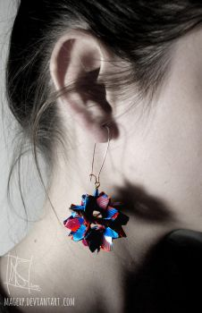 Blue Red Check Origami Earring :ON SALE: by MaGeXP