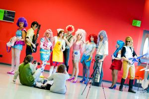 Jem and The Holograms and Bee Hive backstage by LadyGiselle