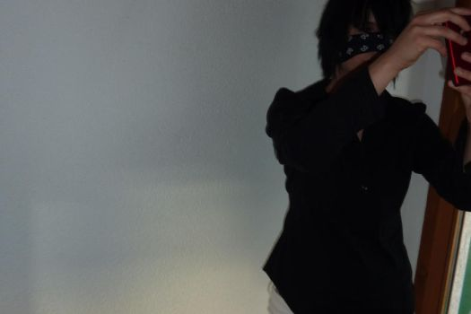 reita with I-phone by xXMirukuXx