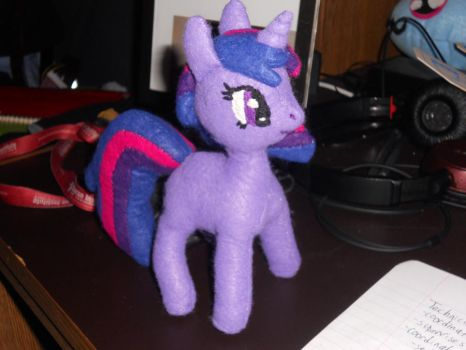 Twilight Sparkle Plushie (right side) by jrk08004
