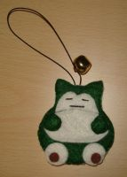 bell plush: snorlax by lulukohime