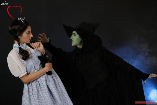 dorothy and the wicked witch of the west by MaddMorgana