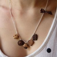 Chocolate neckless by lemon-lovely