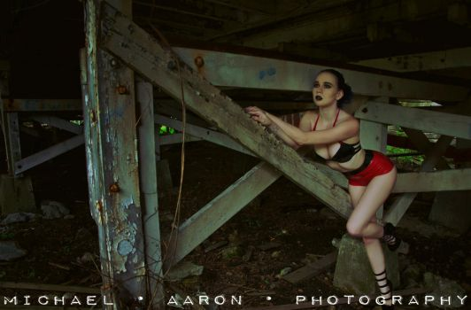 Under The Tracks by MordsithCara