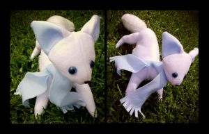little arctic fox plushieee by IceandSnow