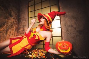 Halloween Lina 2 - Dota 2 cosplay by LuckyStrikeCosplay