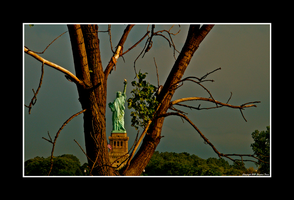 Liberty And Death by Trippy4U